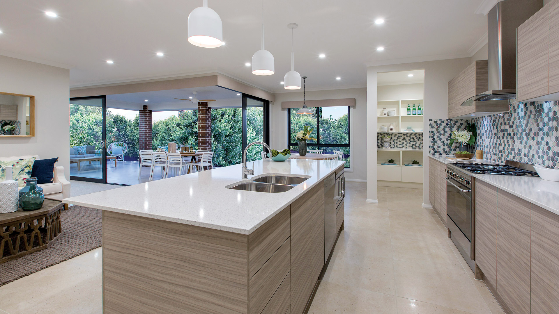 Kew lifestyle eden brae homes for Display home kitchen gallery